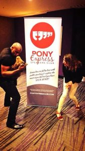 Annik, Errol & Little Pony